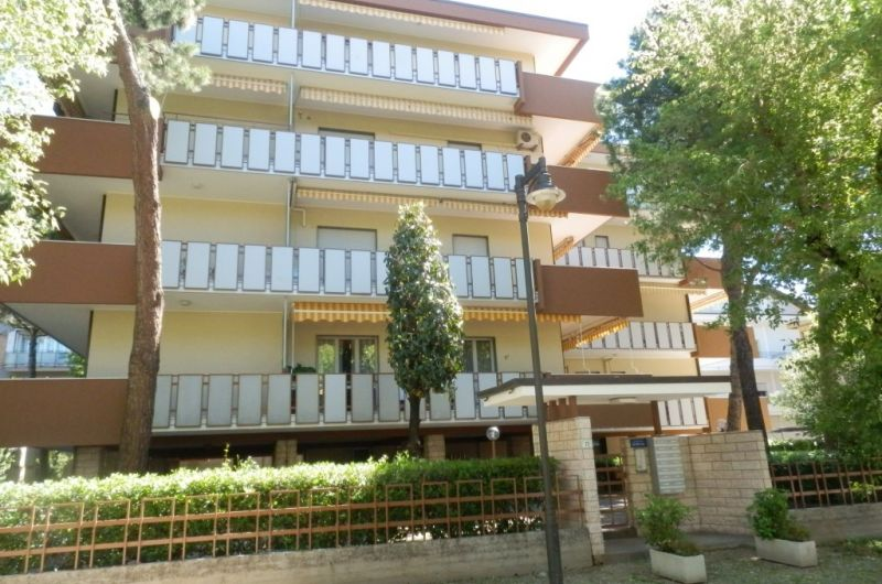 19. Condominio Sporting