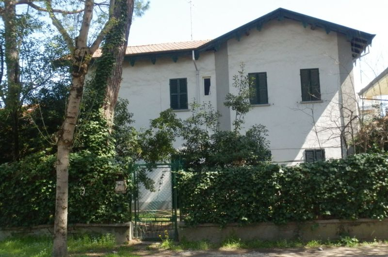 36. Casa Chiarini