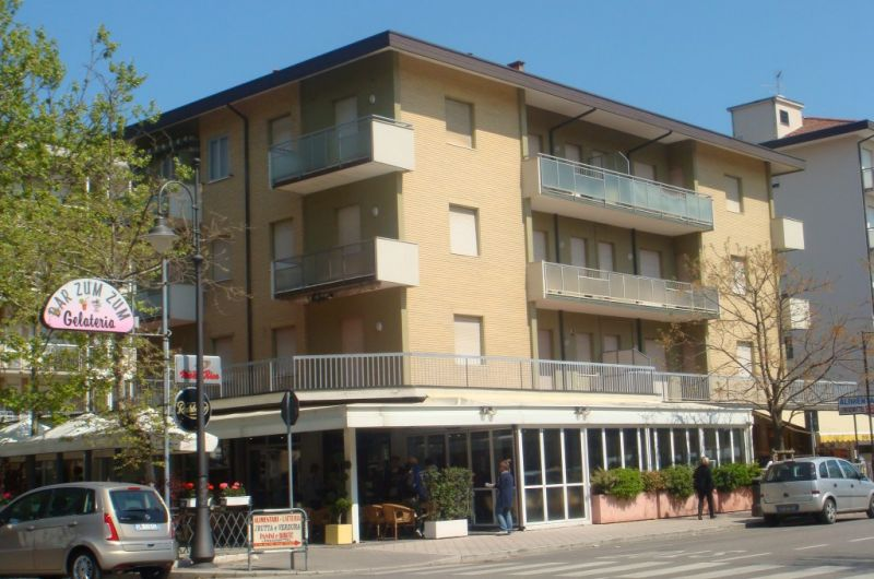 83. Condominio Montello int. 3