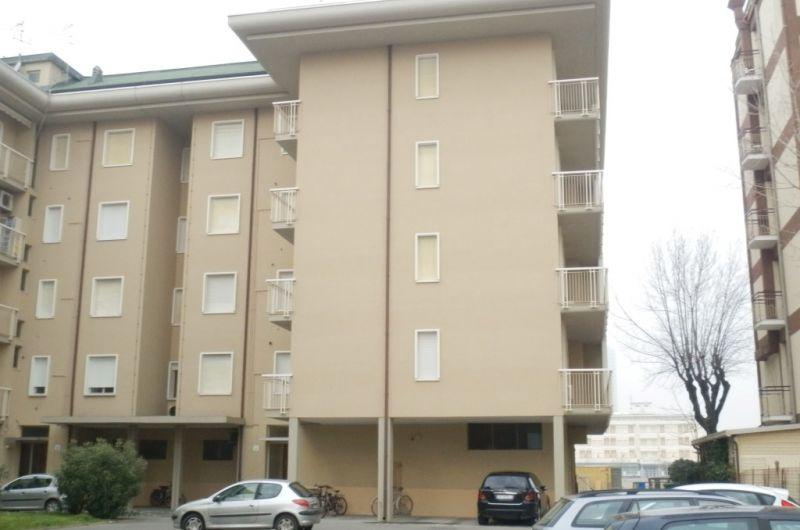 85. Condominio Venezia int. 1