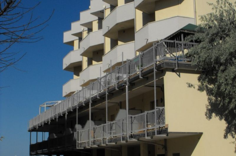 163. Condominio Miamy