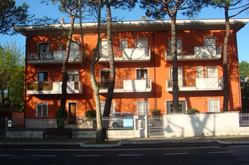 131. Condominio Colombia int. 11
