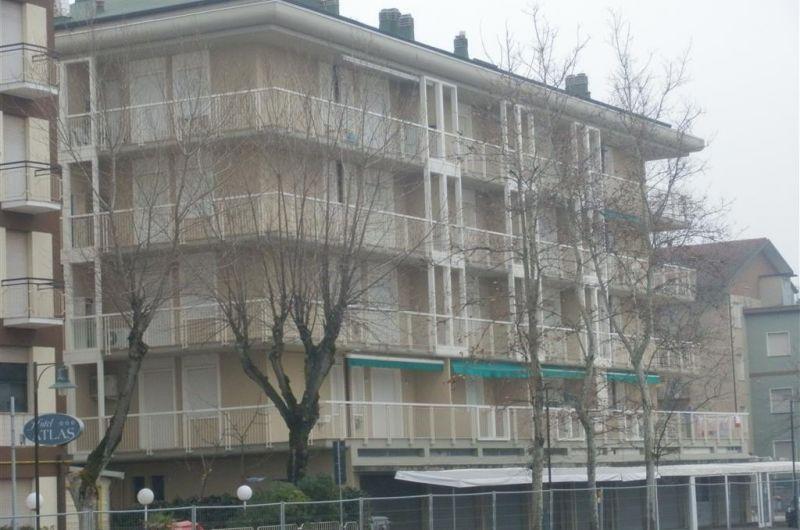 93. Condominio Venezia A