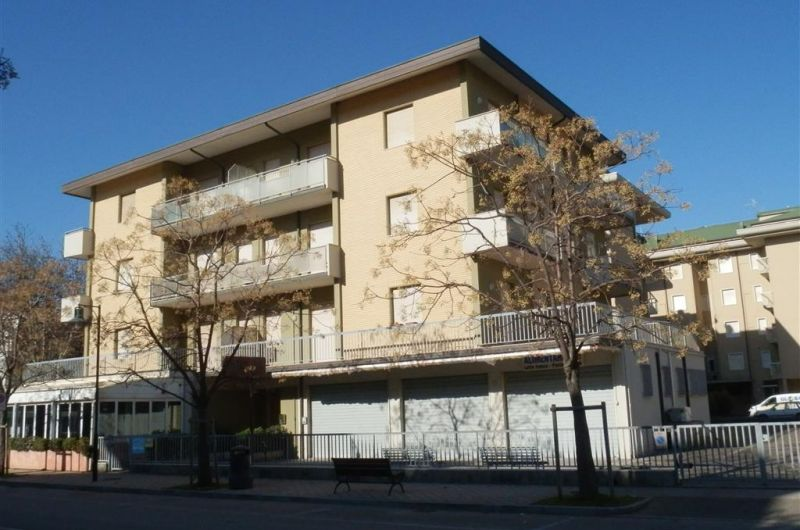88. Condominio Montello int. 5
