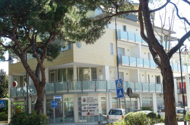 Jolly vacanze affitti appartamenti cesenatico for Affitti temporanei appartamenti roma