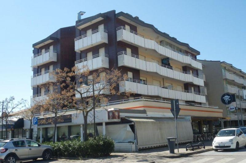 46. Condominio Balkan